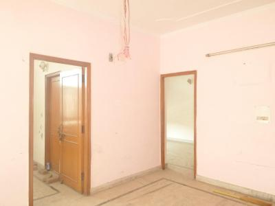 Gallery Cover Image of 1250 Sq.ft 3 BHK Apartment for buy in Sector 34 for 6500000
