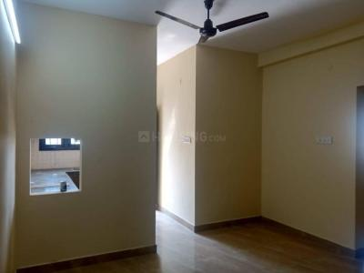 Gallery Cover Image of 900 Sq.ft 2 BHK Apartment for rent in Old Pallavaram for 15000
