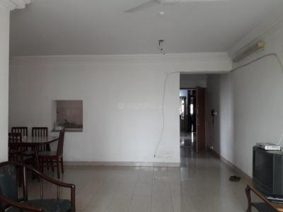 Gallery Cover Image of 1295 Sq.ft 3 BHK Apartment for rent in Oberoi Oberoi Gardens, Kandivali East for 48000