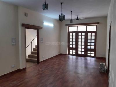 Gallery Cover Image of 5000 Sq.ft 6 BHK Independent House for buy in Sector 26 for 42500000