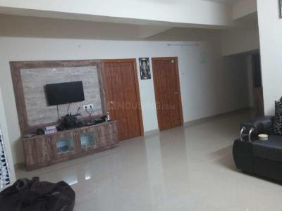 Gallery Cover Image of 1367 Sq.ft 3 BHK Apartment for rent in Kukatpally for 21000