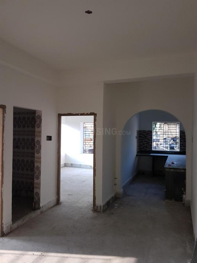 Living Room Image of 714 Sq.ft 2 BHK Apartment for buy in Mourigram for 1785000