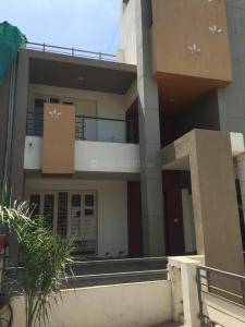 Gallery Cover Image of 3051 Sq.ft 4 BHK Villa for rent in Shilaj for 40000