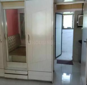 Gallery Cover Image of 350 Sq.ft 1 RK Apartment for buy in Kandivali West for 5500000