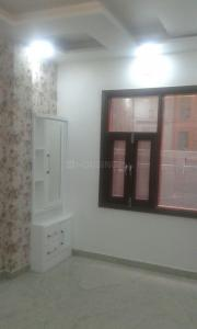 Gallery Cover Image of 950 Sq.ft 3 BHK Independent Floor for rent in Sector 6 Rohini for 21000