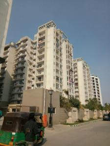 Gallery Cover Image of 1092 Sq.ft 2 BHK Apartment for rent in MR Proview Shalimar City, Hindan Residential Area for 9900