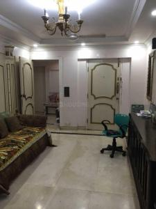 Gallery Cover Image of 930 Sq.ft 2 BHK Apartment for rent in Andheri West for 50000