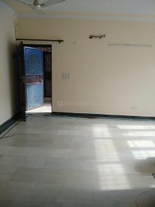 Gallery Cover Image of 1100 Sq.ft 2 BHK Apartment for rent in Chopra Apartments, Sector 23 Dwarka for 25000