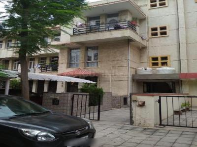 Gallery Cover Image of 1450 Sq.ft 2 BHK Independent Floor for buy in Unitech South City II, Sector 49 for 10500000