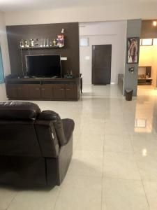 Gallery Cover Image of 1977 Sq.ft 3 BHK Apartment for buy in Bandlaguda Jagir for 8700000