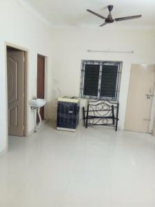 Gallery Cover Image of 1100 Sq.ft 3 BHK Apartment for rent in Manapakkam for 23000