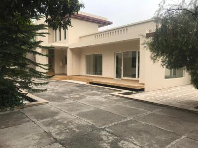Gallery Cover Image of 4800 Sq.ft 4 BHK Independent House for rent in Vasant Kunj for 275000