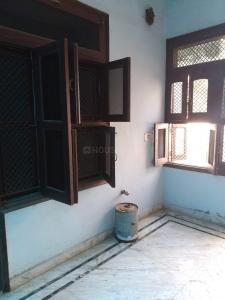 Gallery Cover Image of 400 Sq.ft 3 BHK Independent House for rent in Sector 10A for 15000