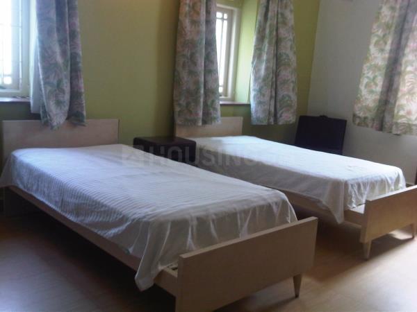 पवई में योगेश बाबर के बेडरूम की तस्वीर