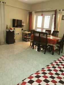 Gallery Cover Image of 996 Sq.ft 2 BHK Apartment for rent in Pearl Grace Apartments, C V Raman Nagar for 20000