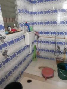 Bathroom Image of PG 4035787 Dadar West in Dadar West