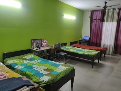 Bedroom Image of Sai Kripa PG in Sector 16