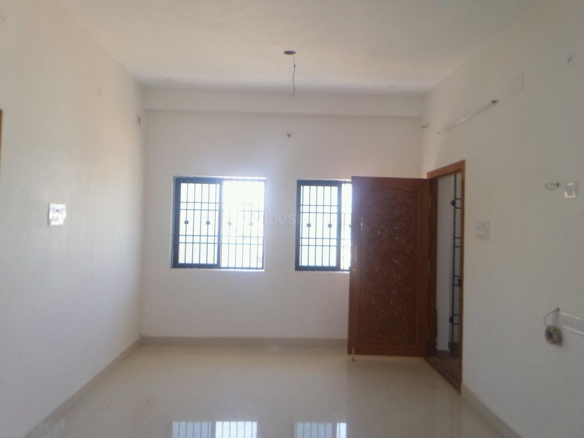 Living Room Image of 800 Sq.ft 2 BHK Apartment for rent in  for 8000
