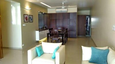 Gallery Cover Image of 2000 Sq.ft 3 BHK Apartment for buy in Malad West for 42500000