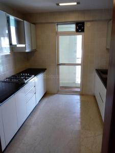 Gallery Cover Image of 1332 Sq.ft 3 BHK Apartment for rent in Santacruz West for 175000