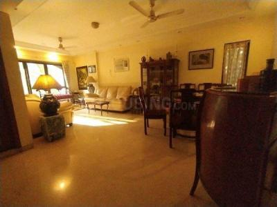 Gallery Cover Image of 2400 Sq.ft 4 BHK Apartment for buy in Bandra West for 95000000