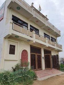 Gallery Cover Image of 740 Sq.ft 1 BHK Independent House for buy in Noida Extension for 2280500
