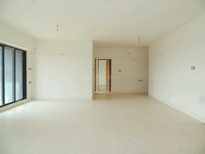 Gallery Cover Image of 3100 Sq.ft 4.5 BHK Apartment for buy in Andheri East for 90000000