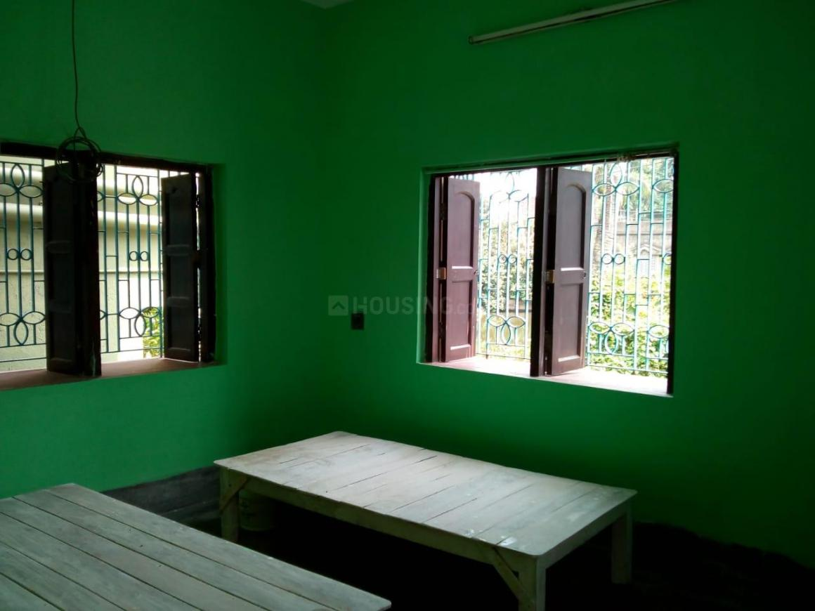 Bedroom Image of 600 Sq.ft 2 BHK Independent Floor for rent in Sonarpur for 7000