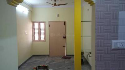 Gallery Cover Image of 850 Sq.ft 2 BHK Independent Floor for rent in Mahadevapura for 16500