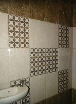 Common Bathroom Image of 550 Sq.ft 1 BHK Apartment for rent in Aya Nagar for 9000