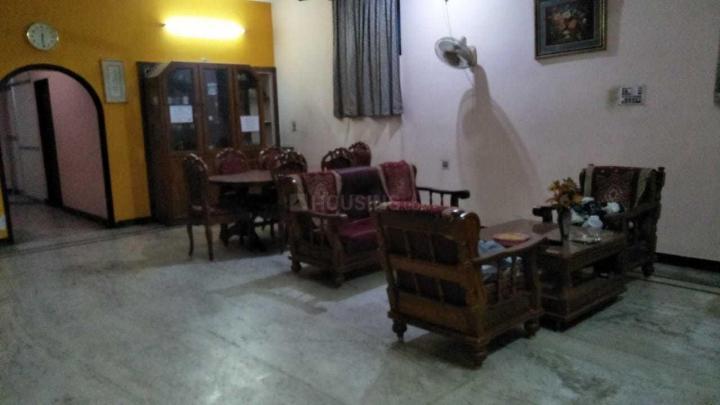 Living Room Image of Sri Illam PG in Perungudi