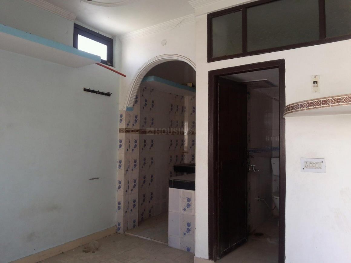 Bedroom Image of 270 Sq.ft 1 RK Independent Floor for buy in Chhattarpur for 2000000