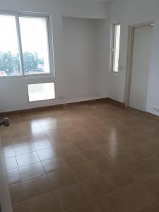 Gallery Cover Image of 1712 Sq.ft 3 BHK Apartment for buy in Maraimalai Nagar for 7500000