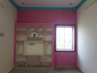 Living Room Image of 1000 Sq.ft 2 BHK Independent House for buy in Thirunindravur for 4000000