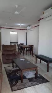 Gallery Cover Image of 1700 Sq.ft 3 BHK Apartment for rent in Goregaon West for 75000