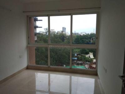 Gallery Cover Image of 1050 Sq.ft 2 BHK Apartment for rent in Runwal Forests, Kanjurmarg West for 38000