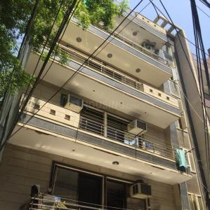 Gallery Cover Image of 1000 Sq.ft 3 BHK Independent Floor for buy in Shastri Nagar for 6000000