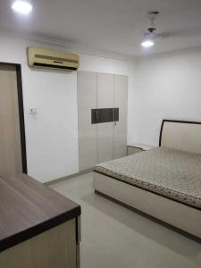 Gallery Cover Image of 1200 Sq.ft 2 BHK Apartment for rent in Tardeo for 100000