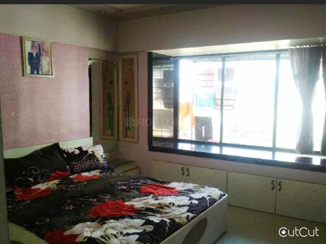 Bedroom Two Image of 880 Sq.ft 2 BHK Apartment for buy in Dadar East for 199000000