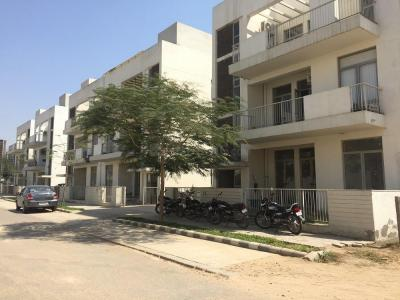 Gallery Cover Image of 1000 Sq.ft 2 BHK Independent Floor for buy in Vatika Gurgaon Next Plots, Sector 83 for 5650000