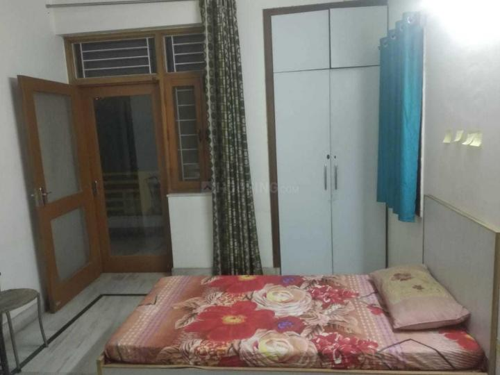 Bedroom Image of Mothers PG in Sector 22