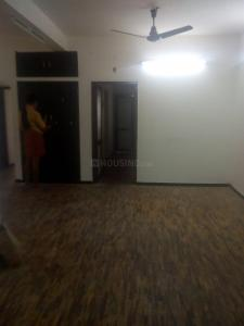 Gallery Cover Image of 1200 Sq.ft 2 BHK Independent House for rent in West Mambalam for 20000