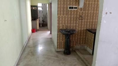 Gallery Cover Image of 700 Sq.ft 2 BHK Apartment for rent in Behala for 9000