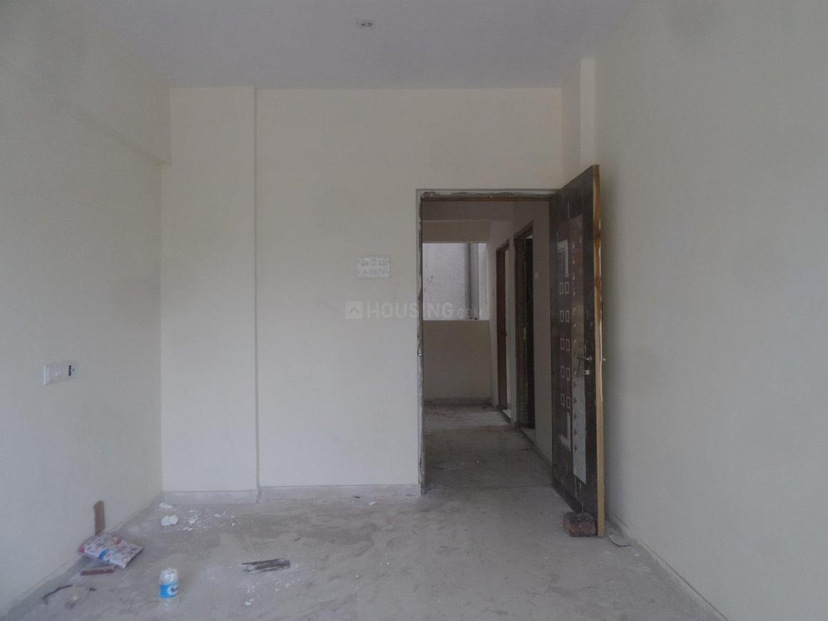 Living Room Image of 650 Sq.ft 1 BHK Apartment for buy in Greater Khanda for 3800000