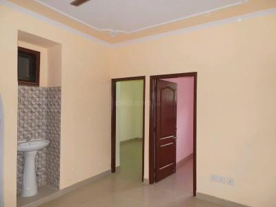 Gallery Cover Image of 700 Sq.ft 2 BHK Apartment for buy in Sector 53 for 2500000