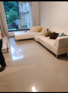 Gallery Cover Image of 680 Sq.ft 1 BHK Apartment for rent in Malabar Hill for 85000
