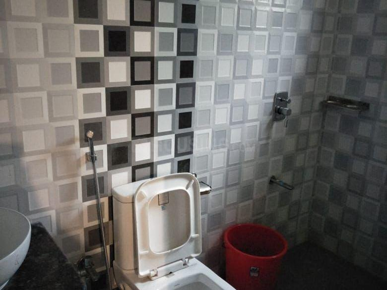 Common Bathroom Image of 3000 Sq.ft 3 BHK Independent House for buy in Bhalubasa for 10000000