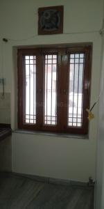 Gallery Cover Image of 800 Sq.ft 1 RK Independent Floor for rent in Sector 16 for 6000
