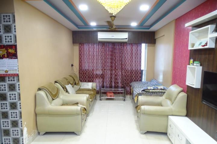 आरसी ओरचिड स्प्रिंग्स, कुर्ला वेस्ट  में 10000000  खरीदें  के लिए 10000000 Sq.ft 2 BHK अपार्टमेंट के हॉल  की तस्वीर
