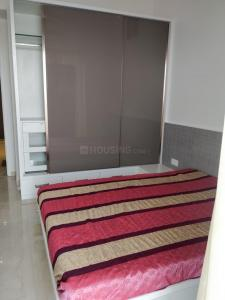 Gallery Cover Image of 600 Sq.ft 1 BHK Apartment for rent in Parel for 75000